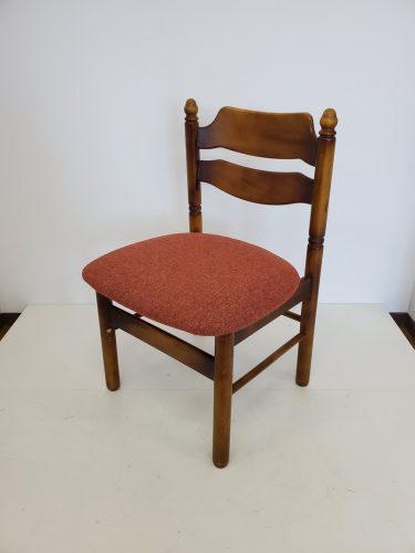岡山県岡山市アイワンズ椅子張替え工房